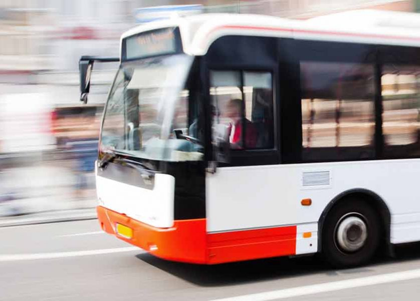 essay advantages and disadvantages of public transportation